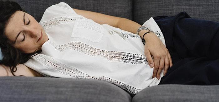 استراحت کردن برای درمان شکستگی استخوان لگن