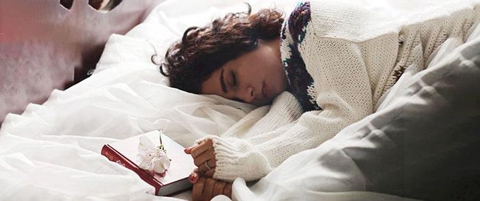 بهترین حالت خوابیدن برای گردن درد