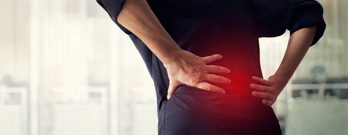 علل بروز سیاتیک (دیسک کمر، تنگی نخاعی، شکستگی مهره، بارداری و ...)