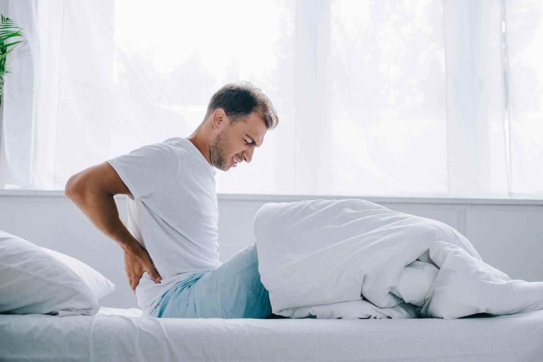 نحوهی استراحت برای درمان دیسک کمر ( پوزیشن خواب و نوع تشک)