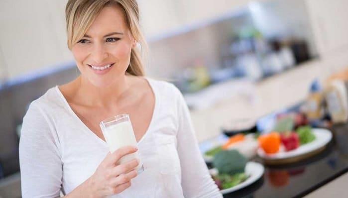 پیشگیری از پوکی استخوان با شیر، تخم مرغ، ماهی، ویتامین دی و ورزش