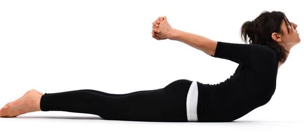 تمرین کشش ماری برای  درد بین دو کتف