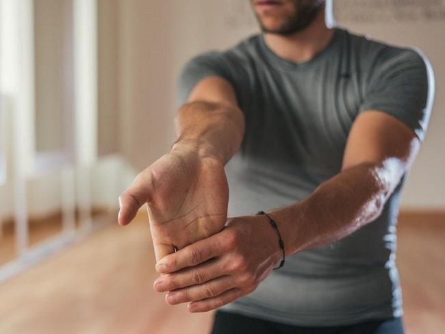 راه ها و روش های درمان درد مچ دست