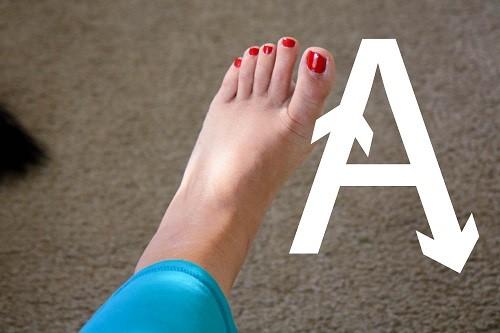 کشیدن دایره با مچ پا